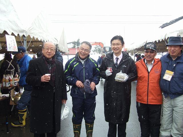 飯山雪まつり・秋津地区雪像イベント・かまくら祭